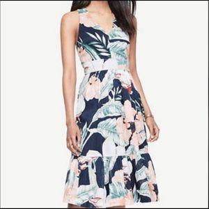 🌺 Ann Taylor Floral Dress